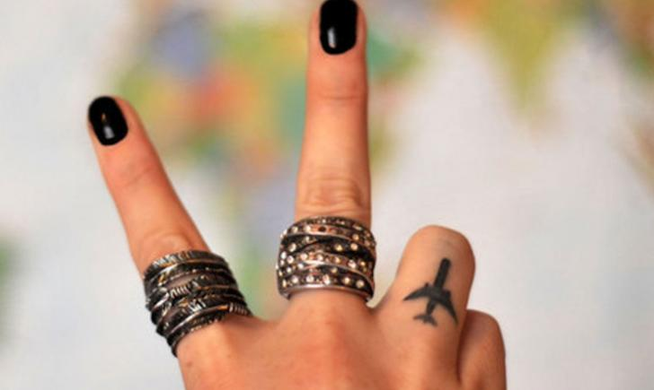 15 Cutest Finger Tattoos Tattoo Com