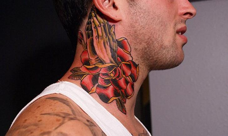 Neck Tattoo Bold Choice Or Big Pain Tattoocom