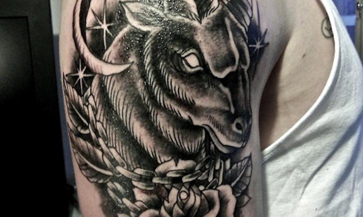 942c282e9 10 Aries Tattoos - Tattoo.com