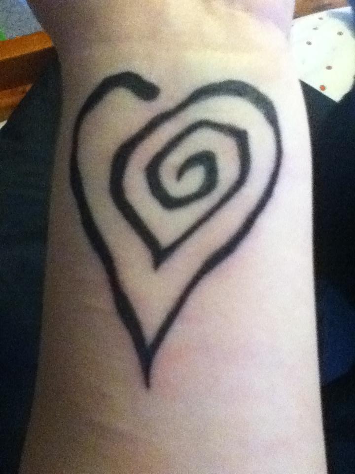 Marilyn Manson Heart Tattoo: Tattoo Pics