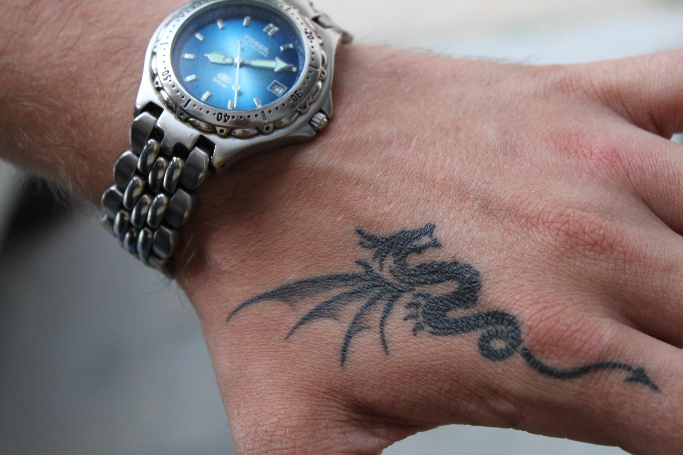 3a8715d21 My dragon tattoo on the hand. - Tattoo.com